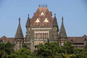 26-Mumbai-Bombay-High-Court-Close-Up-From-Oval-Maiden