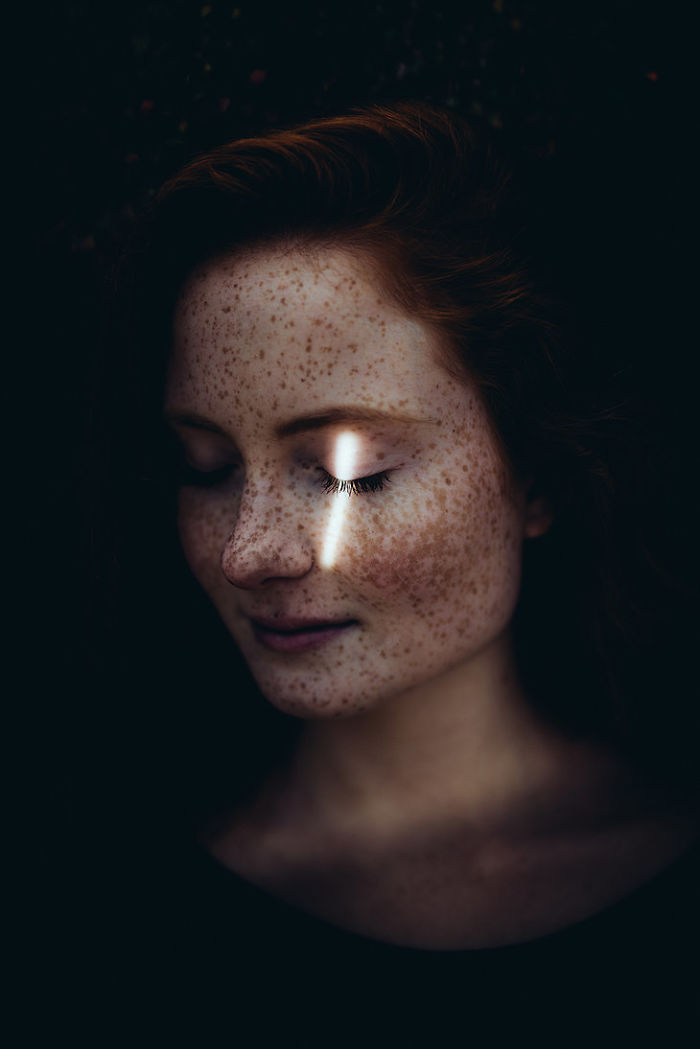 freckles-redheads-beautiful-portrait-photography-22-583565f841ff1__700
