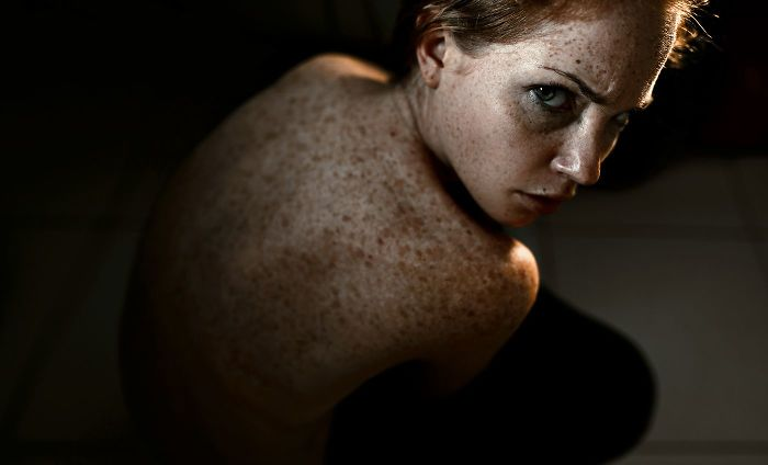 freckles-redheads-beautiful-portrait-photography-52-5835665f3dc5a__700