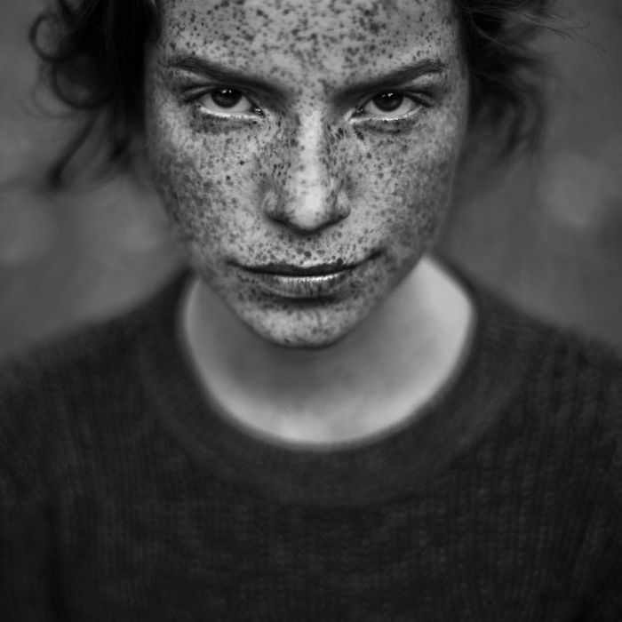 freckles-redheads-beautiful-portrait-photography-75-58359e773d262__700