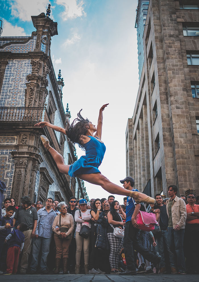 urban-ballet-dancers-mexico-city-omar-robles-26-5832b8b178fa4__700